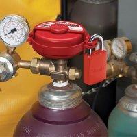 Master Lock® Pressurized Gas Valve Lockout  S3910