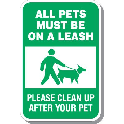 All Pets Must Be Leashed Sign