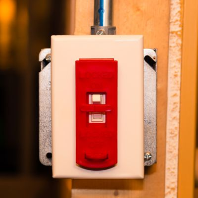 Zing® RecycLockout - Wall Switch Lockout