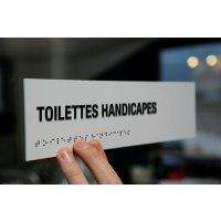 """Signalétique braille PVC avec texte """"Toilettes handicapés"""""""