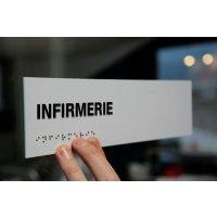 """Signalétique braille PVC avec texte """"Infirmerie"""""""