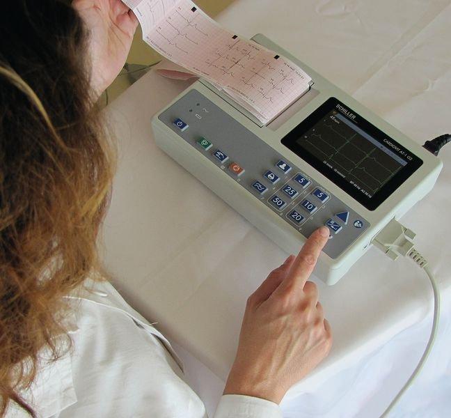 ECG Schiller Cardiovit AT1 G2 3 pistes - ECG et dopplers