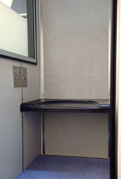 Cabine audiométrique 250 petit modèle IAC Acoustics - Audiomètres et test de Moatti