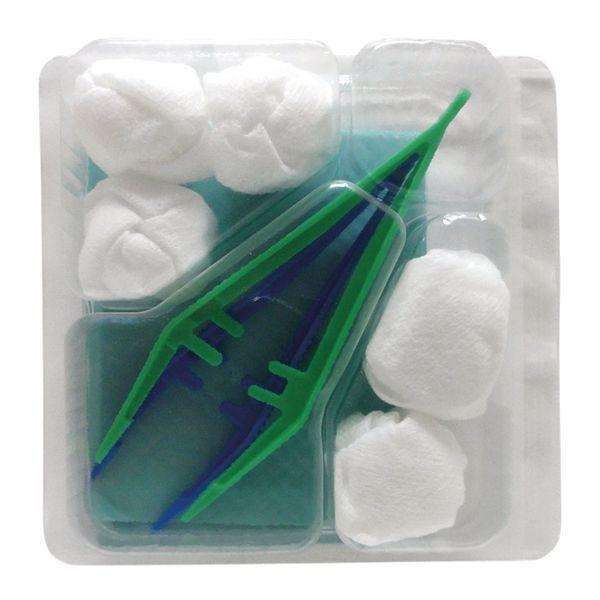 Set de pansements avec champ opératoire