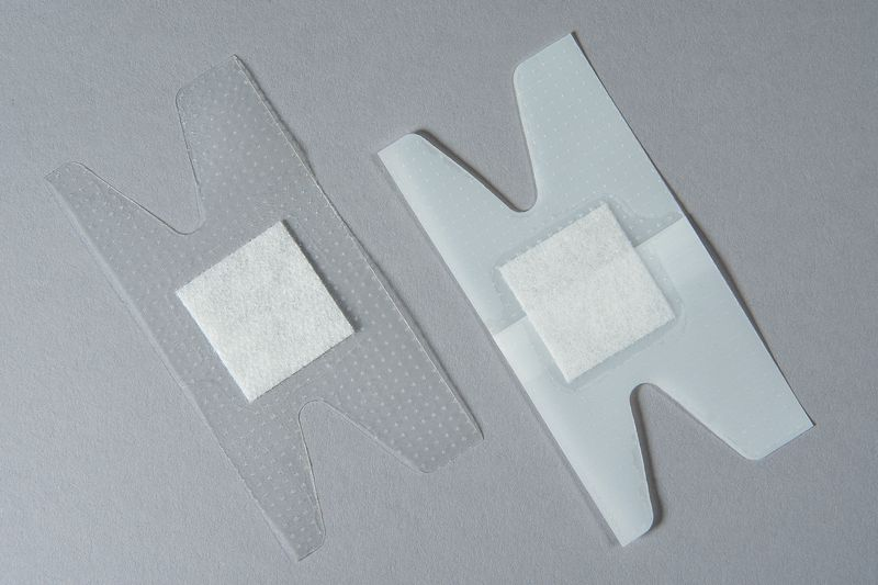 Pansements articulaires pour phalange transparents