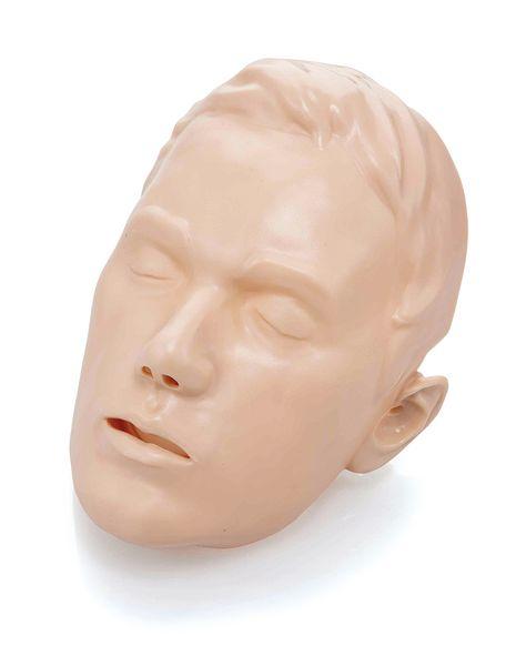 Peau de visage Brayden