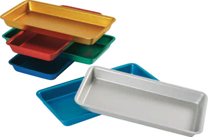 Plateaux aluminium colorés