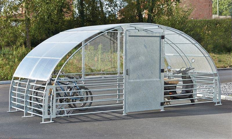 Abri-vélos fermé et extension