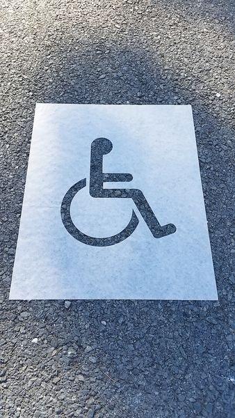Pochoir Papier Handicapé pour marquage parking