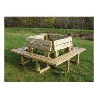 Structure carrée de 4 bancs en bois