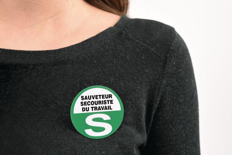 Badges S.S.T. avec épingle à nourrice - Signalisation Matériels de secours
