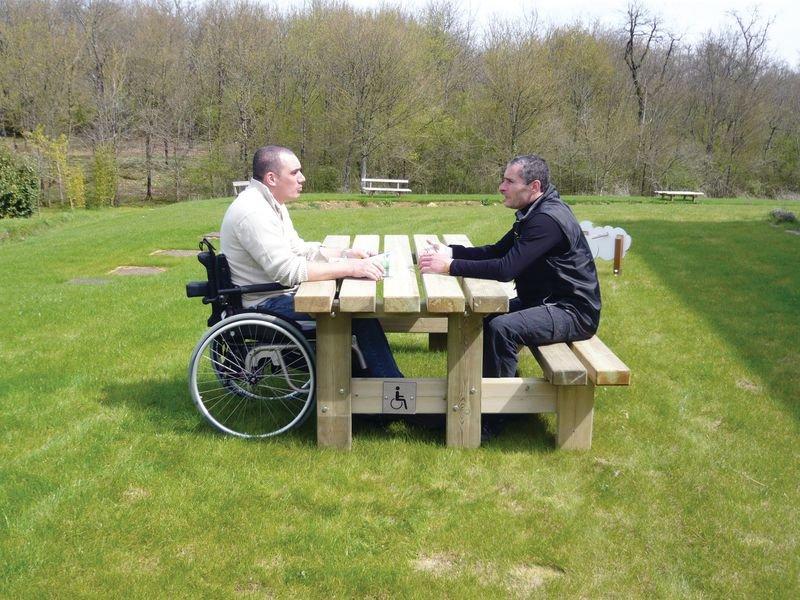 Table banc accès +
