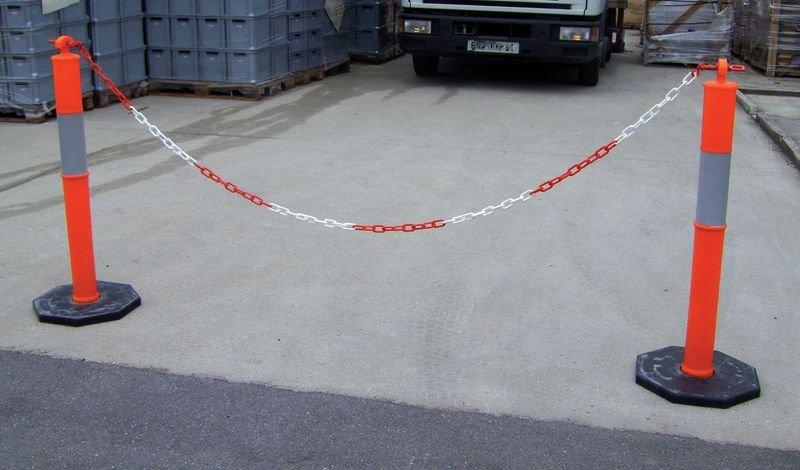 Poteaux PVC rétroréfléchissants - Poteaux à chaînes