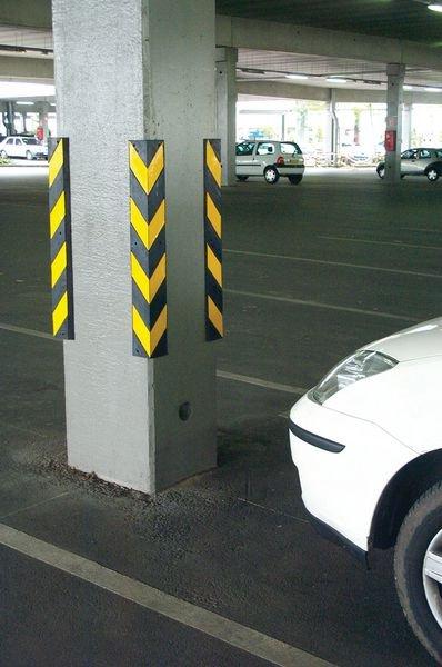 Protection d'angle caoutchouc jaune et noire