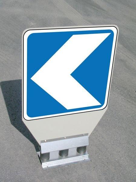 Balises routières anti-choc autorelevables