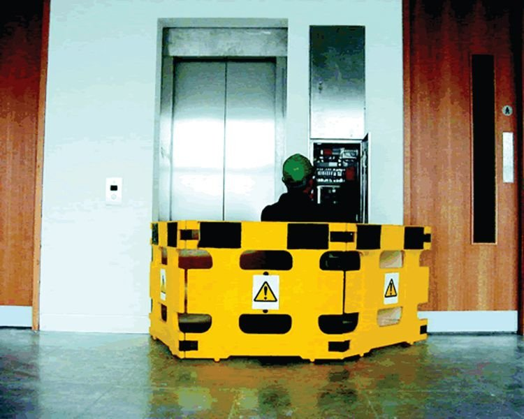 Barrières de protection pour travaux d'intervention