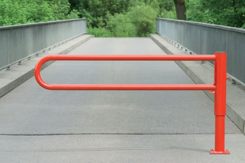Barrière pivotante laquée de 1 à 3 m