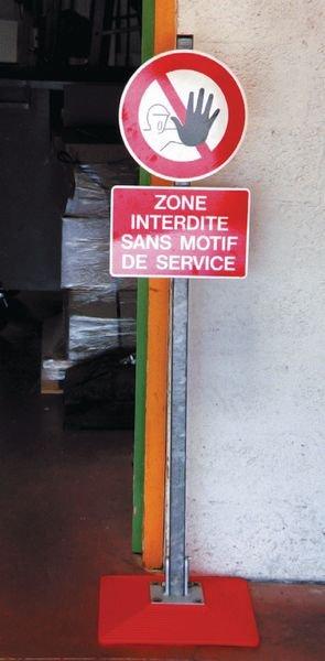 Support repliable de panneaux temporaires