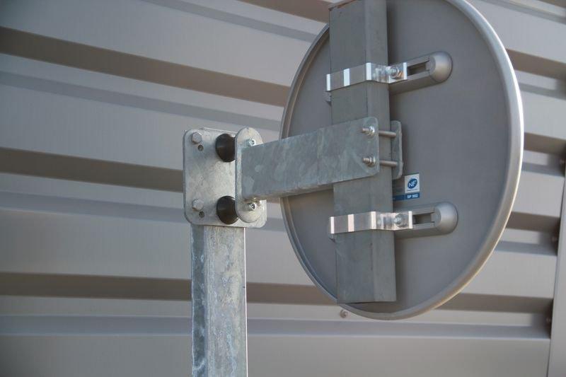 Potence murale escamotable - Support de panneau et rack de rangement : fixez et stockez vos panneaux facilement