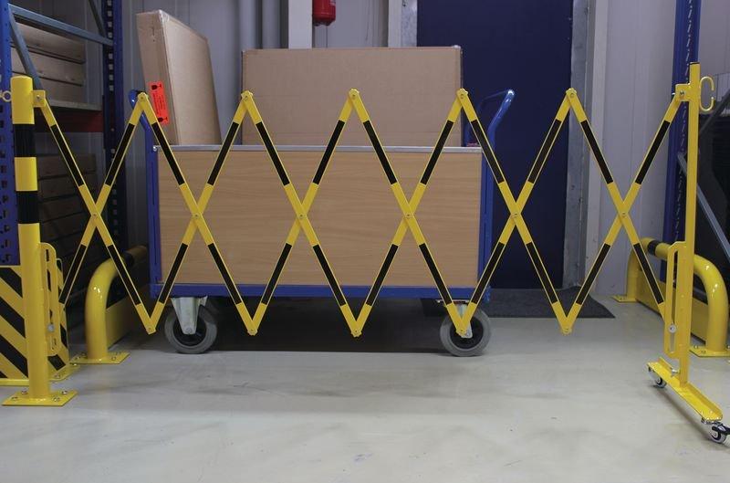 Barrière extensible avec poteau fixe sur platine