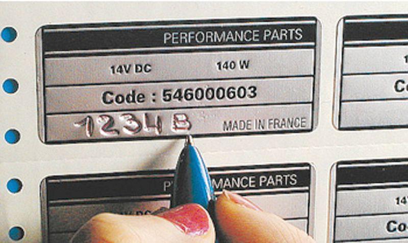 Etiquettes aluminium pour machines