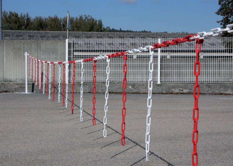 Barrière de chaîne (photo)