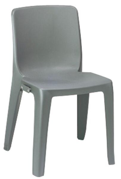 10 chaises monobloc assemblables