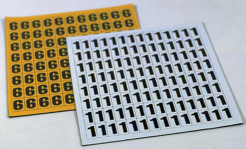 Planche de caractères identiques magnétiques noir