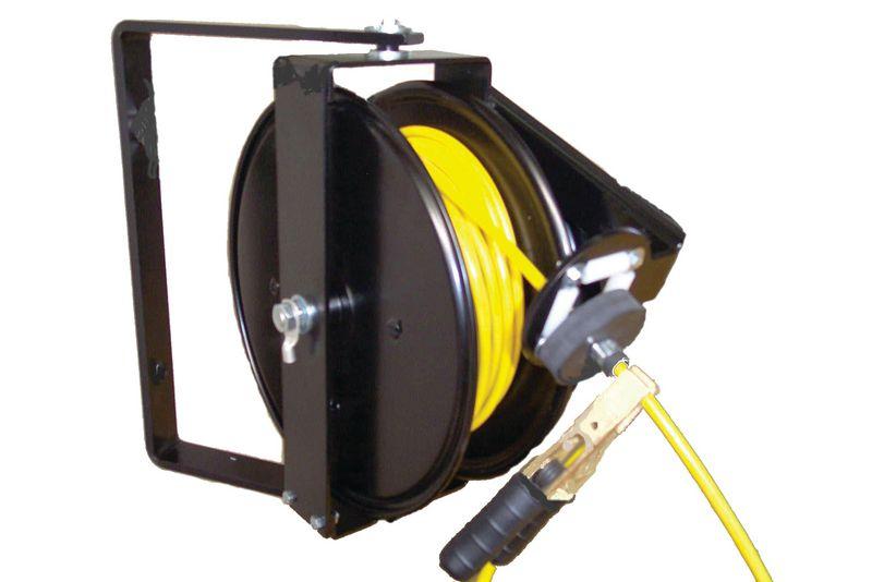 Enrouleur automatique pour câble de mise à la terre