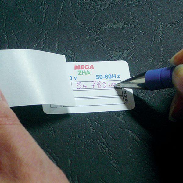 Etiquettes spécifiques à rabat (photo)