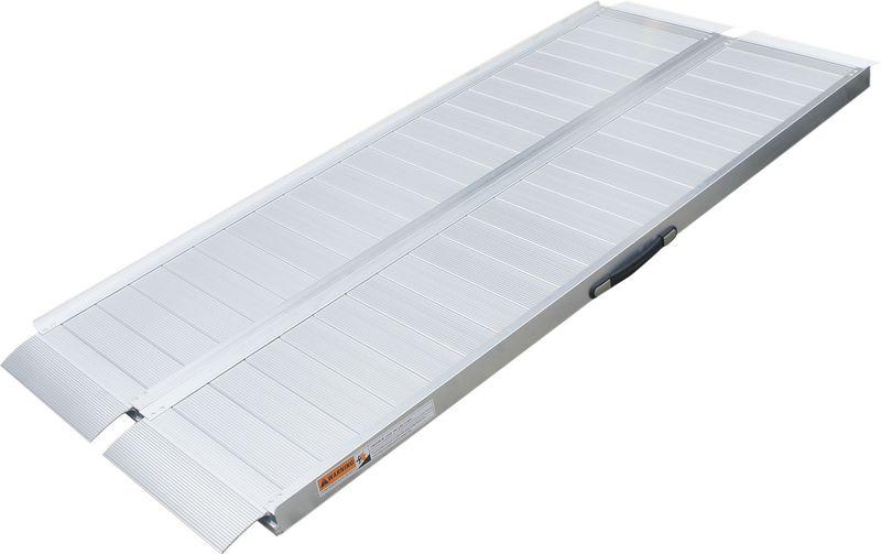 Rampes d'accès pliables en aluminium