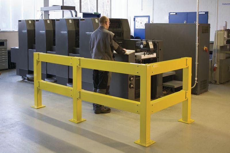 Lisses pour barrière de sécurité en acier galvanisé (photo)