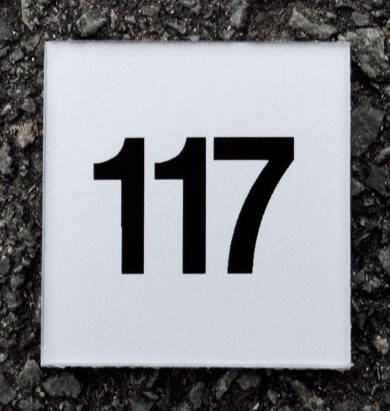 Numéros et plaques de porte Argent/Noir (photo)