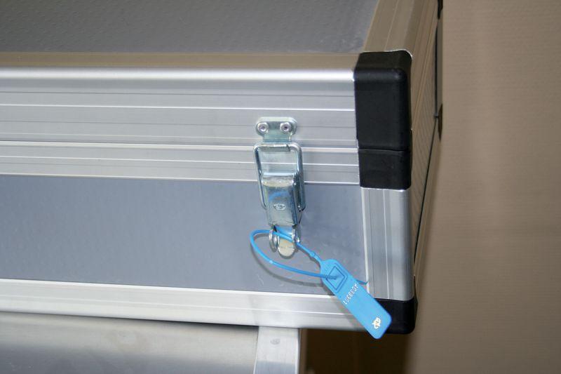 Scellés à serrage progressif petite longueur (photo)