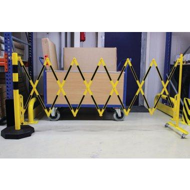 Barrière extensible avec poteau mobile lesté'