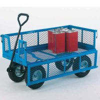 Sturdy steel platform truck for rough terrain