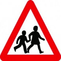 Easy-to-spot school crossing traffic sign with universally recognised symbol