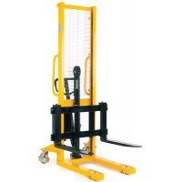 Hydraulic stackers - simple aids for safer loading