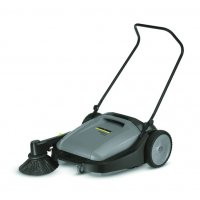 Karcher KM 70/15 C Easy-To-Manoeuvre Push Sweeper