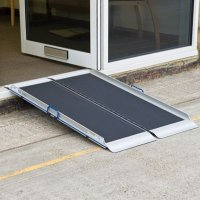 Portable folding aluminium access ramp