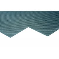 Rubber slip-resistant mat with fluted surface