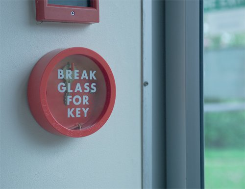 Quick Access 'Break Glass' Emergency Key Box - Fire Alarms & Testers
