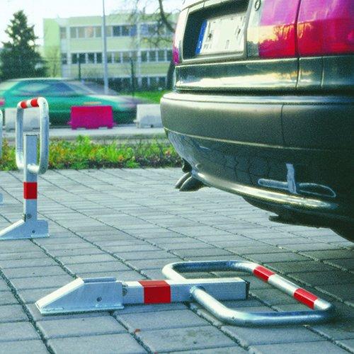COMMANDER DROP DOWN FRAME POST - Barriers & Posts