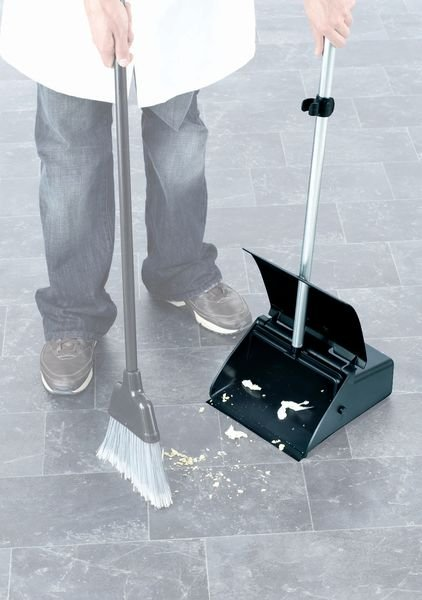 Durable And Lightweight TTS Dustpans And Broom Cleaning Set - Cleaning Products