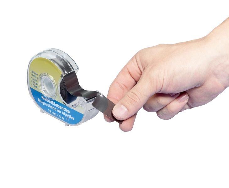 Magnetbänder im Abroller, selbstklebend