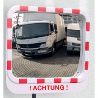 Achtung – Verkehrsspiegel mit Warnhinweis