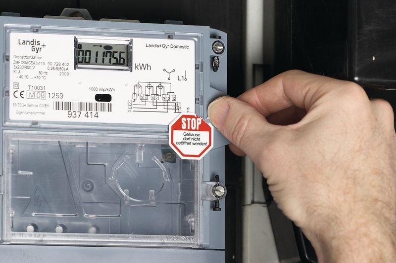 STOP Sicherheits-Siegel Nicht entfernen Verletzungsgefahr