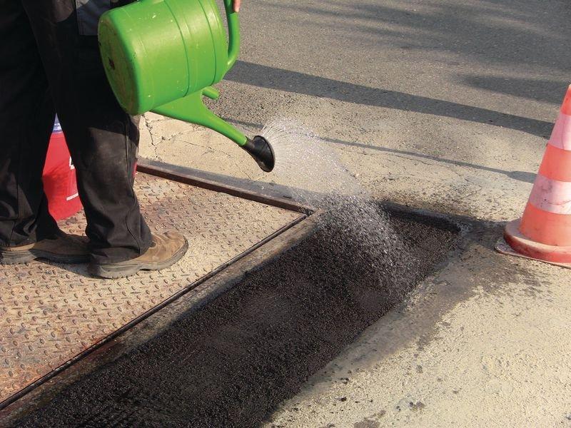 BORNIT® 2-Komponenten Reaktiv-Asphalt, feinkörnig - Außenanlagen und Parkplätze