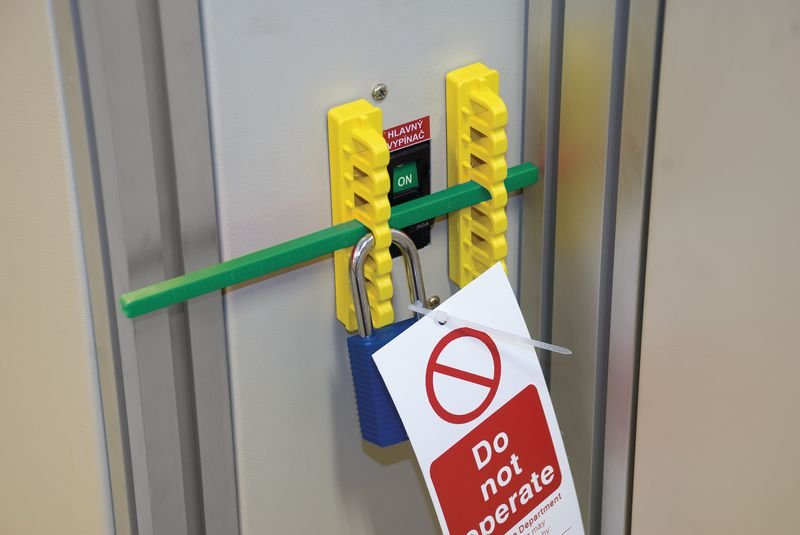 Schutzschalter-Verriegelungsset - Verriegelung für elektrische Gefahren