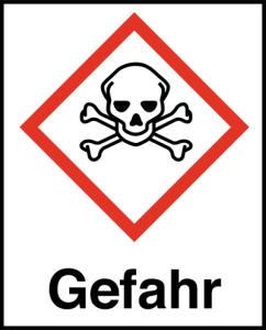Symbol Totenkopf mit gekreuzten Knochen nach GHS mit Signalwort Gefahr